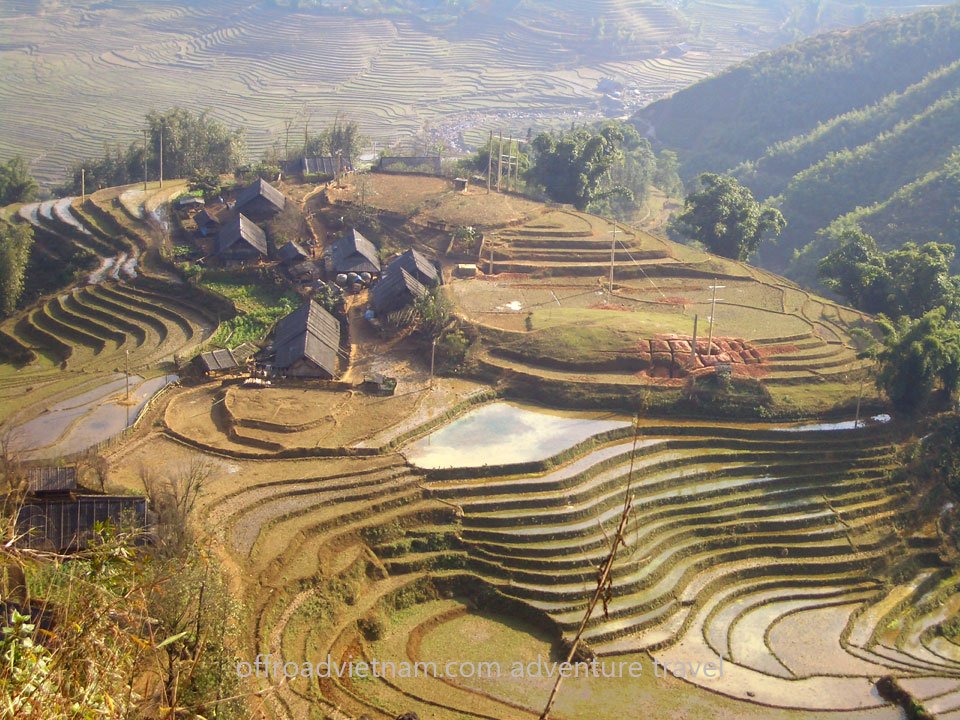 Vietnam Motorbike Hanoi Tours - Ha Giang Tour. Vietnam Offroad Tours motorbike riding scenic Ha Giang & North Vietnam in 10 days. Sapa motorbike touring