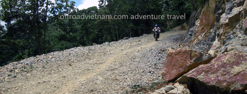 Vietnam Motorbike Hanoi Tours - Great North Tour. Vietnam Offroad Tours motorbike riding around North Vietnam in a big loop. Northeast Vietnam dirt motorbike tour of Great North Tour